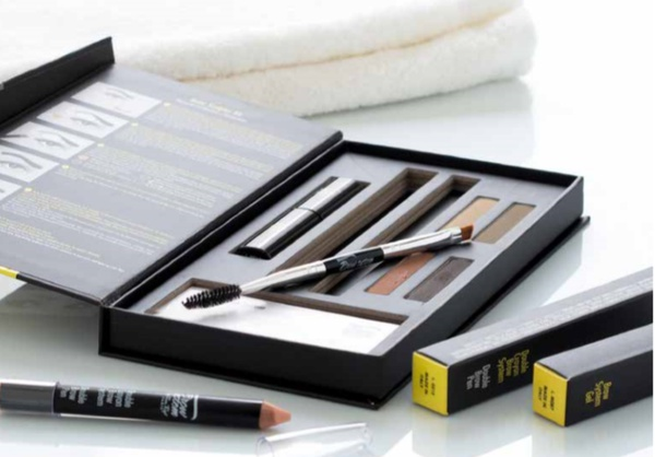 Brow sculpting kit picture