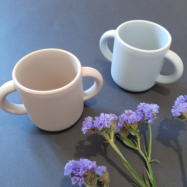 Silicone 2 handle cups picture