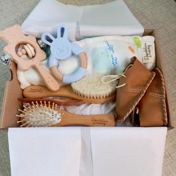Newborn gift box picture