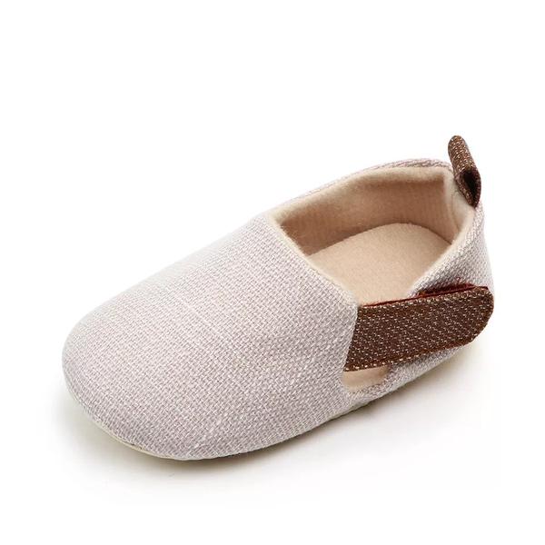 Soft sole cloth shoes picture