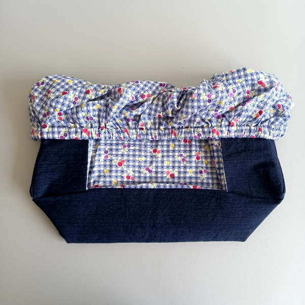Trolley cover blue check floral picture