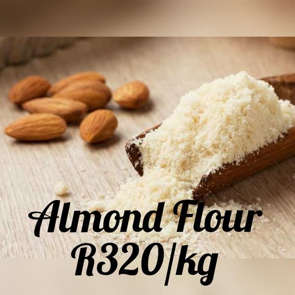 Almond flour picture
