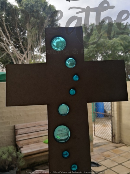 Wood & resin cross picture