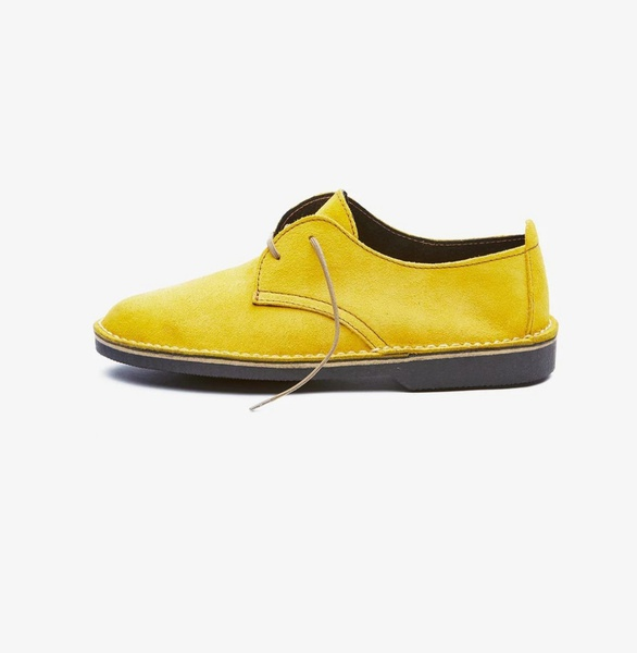 𝐓𝐡𝐞 𝐋𝐞𝐠𝐞𝐧𝐝 - suede low cut velskoen - orchard yellow picture