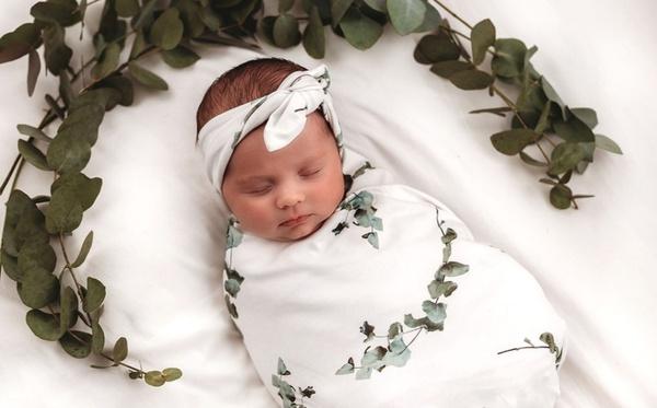 "Swaddle set ""eucalyptus' - newborn picture"