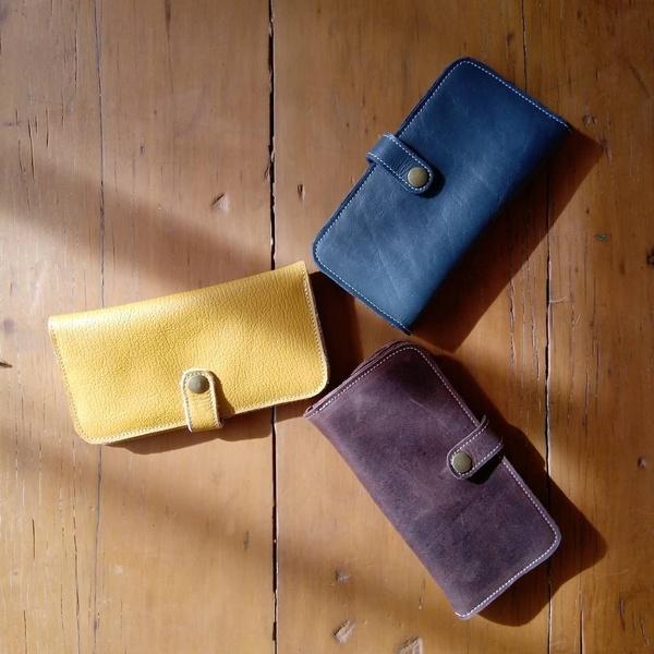 Carin - ladies purse picture