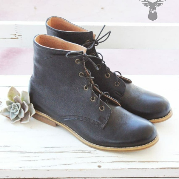 Bella - leather ankle boots picture