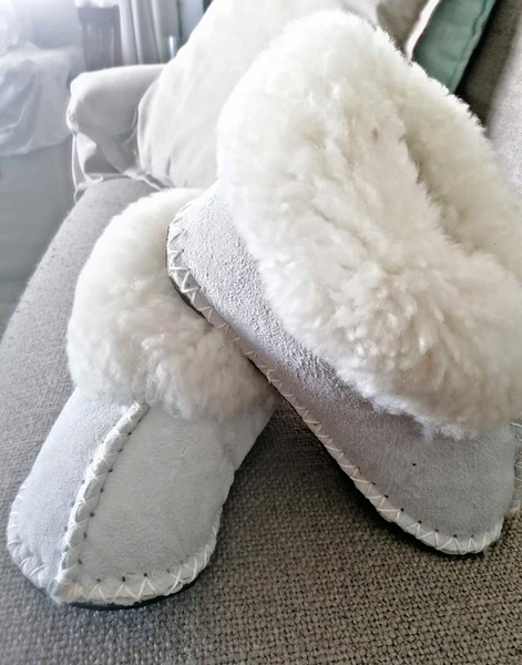 Sheepskin slippers picture