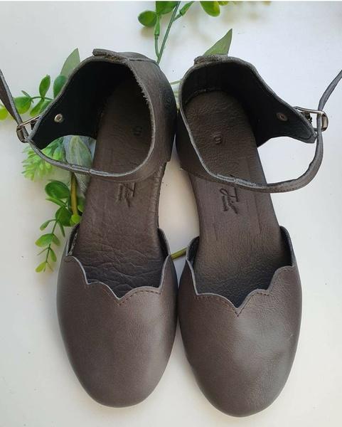 Christine - closed toe shoe picture