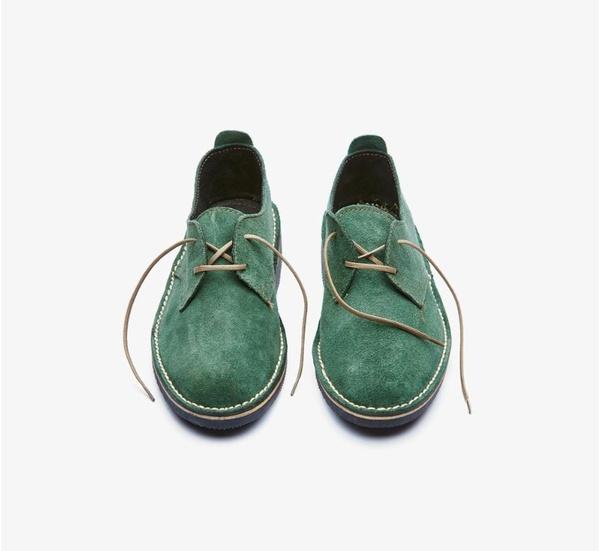 𝐓𝐡𝐞 𝐋𝐞𝐠𝐞𝐧𝐝 - suede low cut velskoen - fern green picture