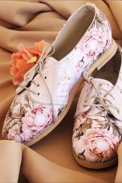 Vintage rose vellies - pink picture