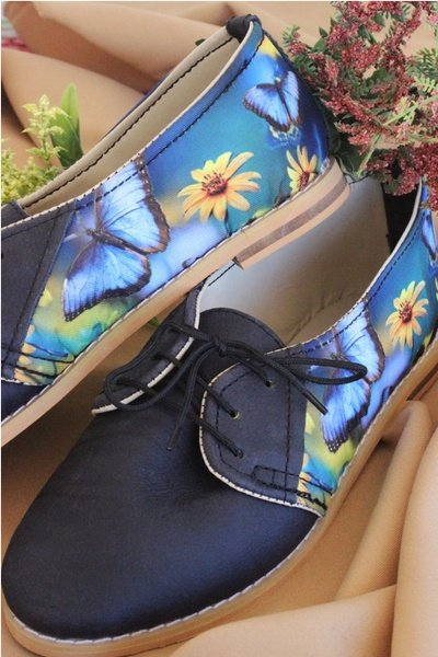 Butterfly vellies - blue & lilac picture