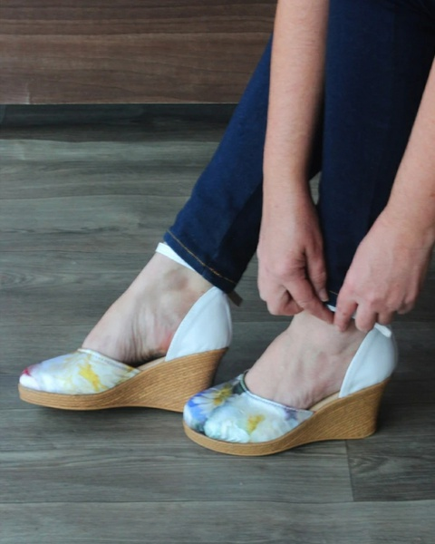 Charlize floral wedge - blue/yellow picture