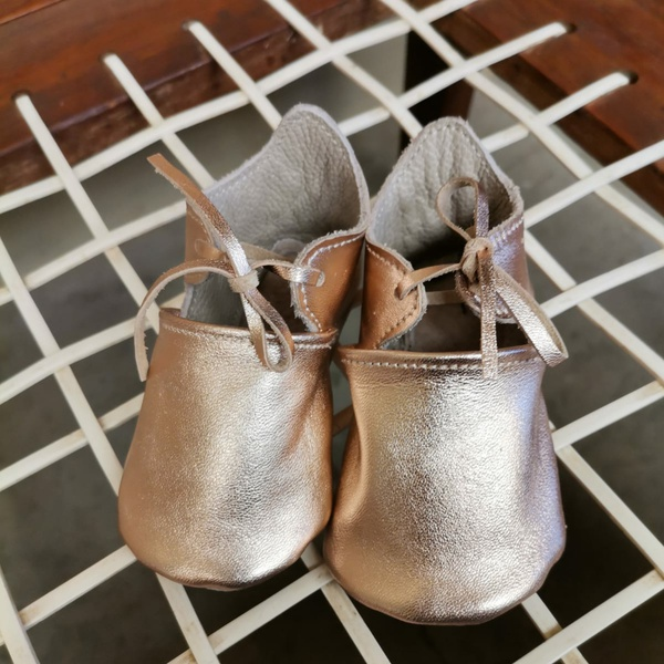 Carin baby girl leather shoes picture
