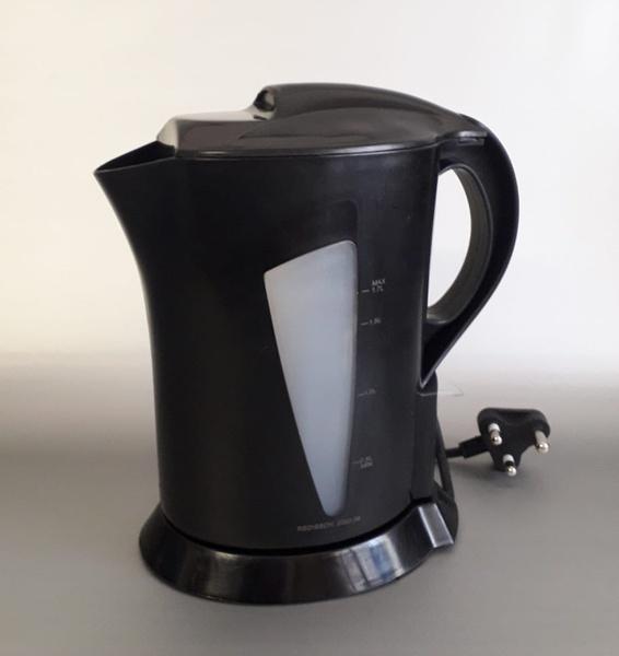 Redisson 1.7l cordless kettle picture