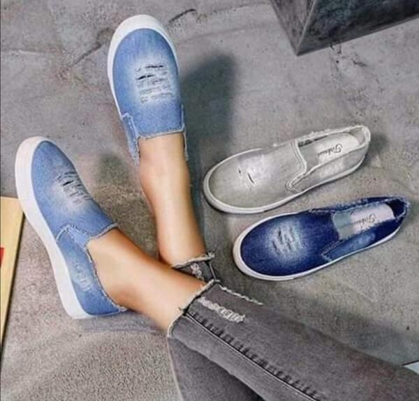 Denim shoes picture