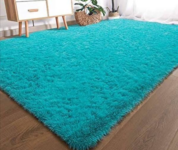 Turquoise fluffy carpet 1.5m x 2m picture