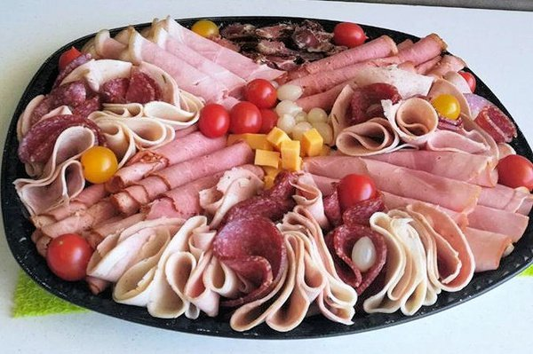 Cold meat platter picture
