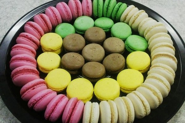 Macaroon platter picture
