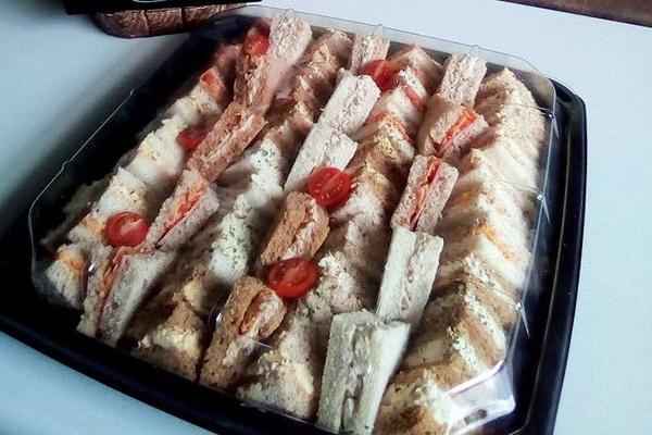 Sandwich platter picture