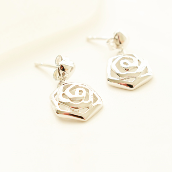 Rose sterling silver stud earrings picture