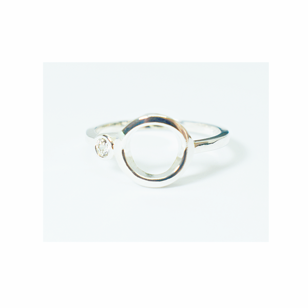 Zircon sterling silver ring picture