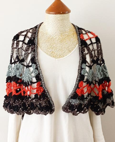Black-terracotta crochet shawl picture