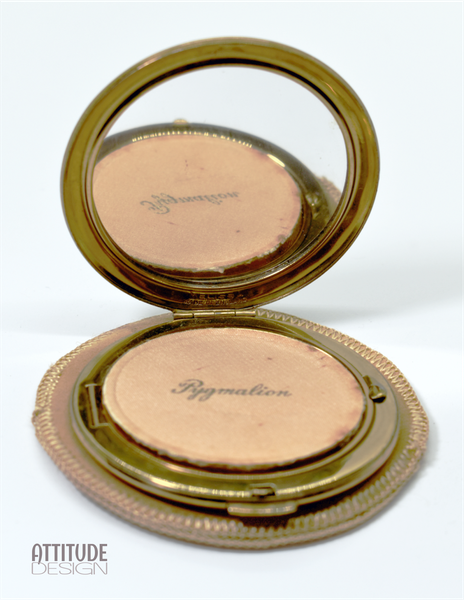 Vintage lovely pygmalion powder compact picture