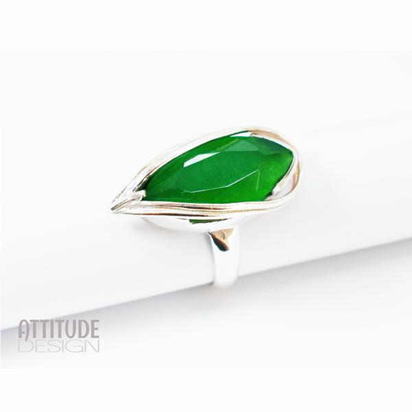 Green zircon sterling silver ring picture