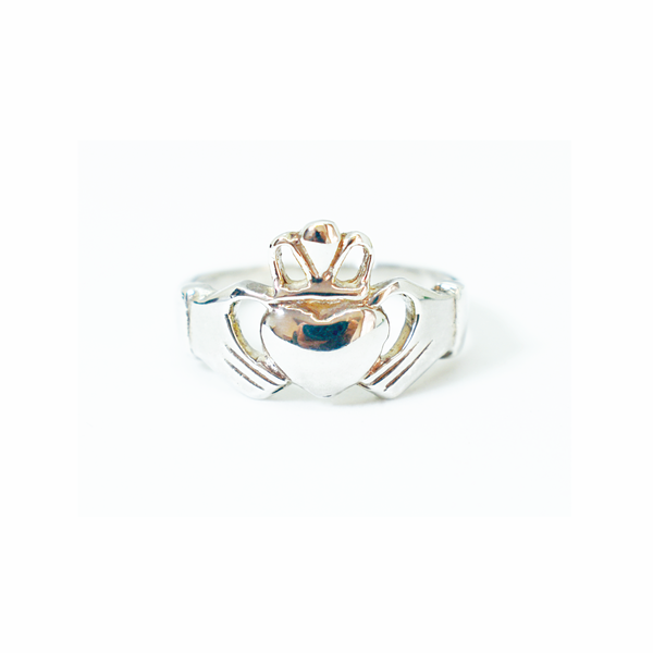 Irish 'claddagh' sterling silver ring picture