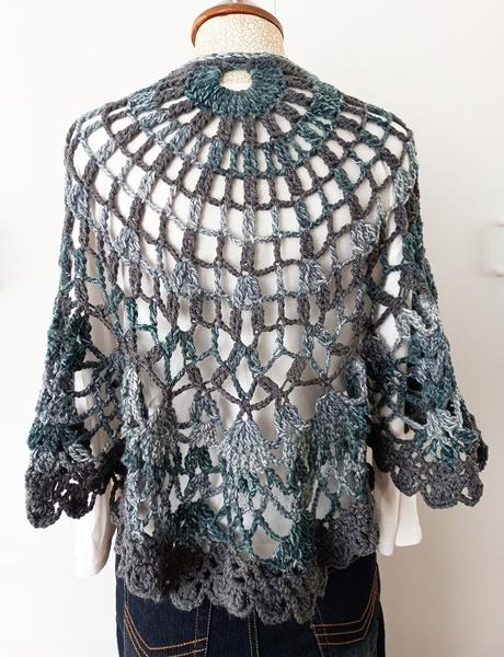 Grey-green crochet shawl picture