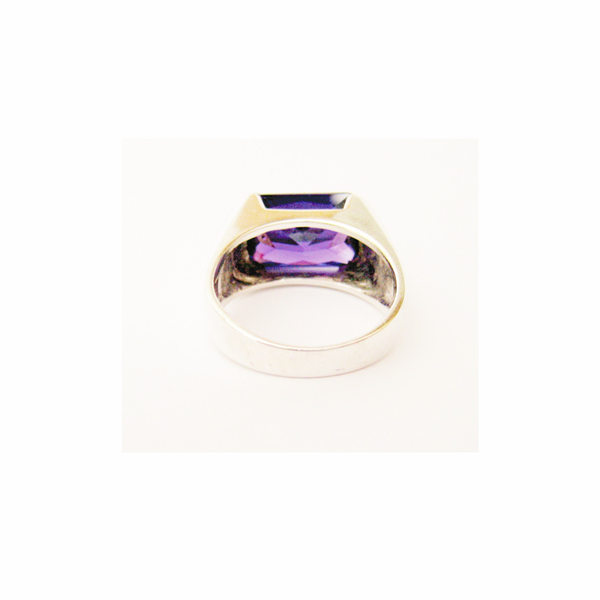 Vintage purple zirconia sterling silver ring picture