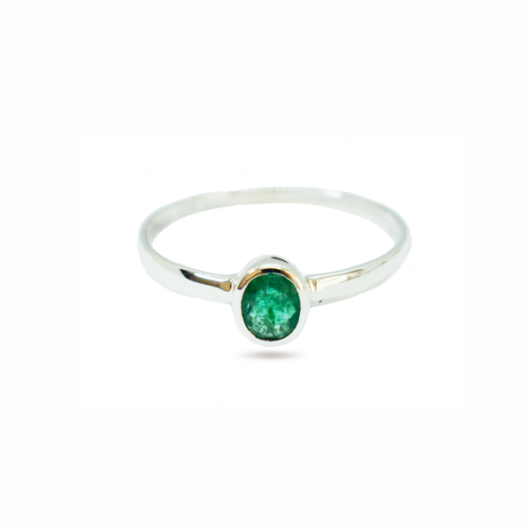 Natural emerald sterling silver ring picture