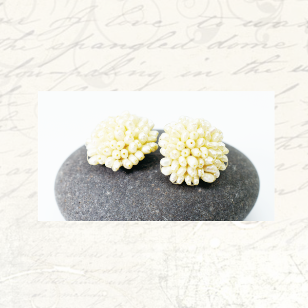 Vintage freshwater pearl rice clip-on earrings picture