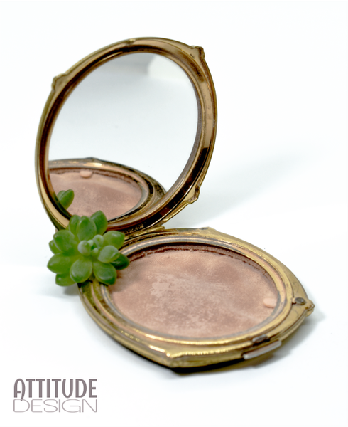 Vintage mother-of-pearl stratton powder compact picture