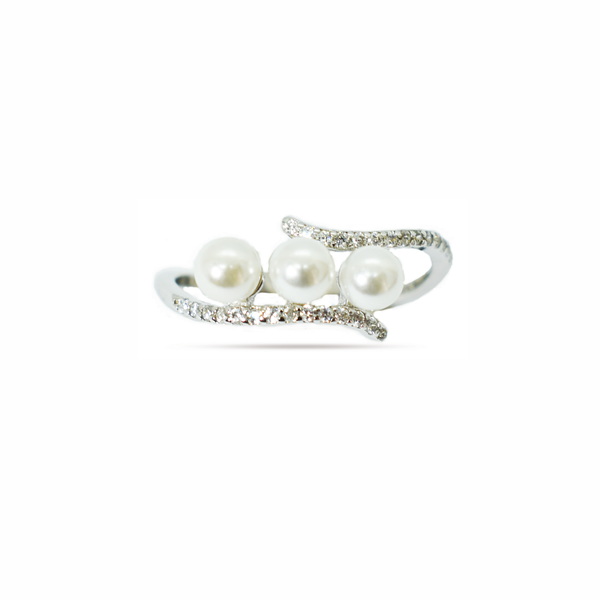 Natural cultured pearl and zirconia sterling silver ring picture