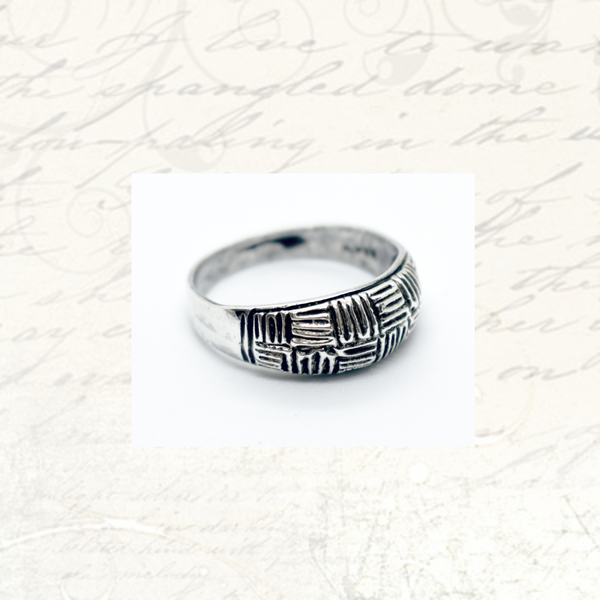 Vintage sterling silver ring picture