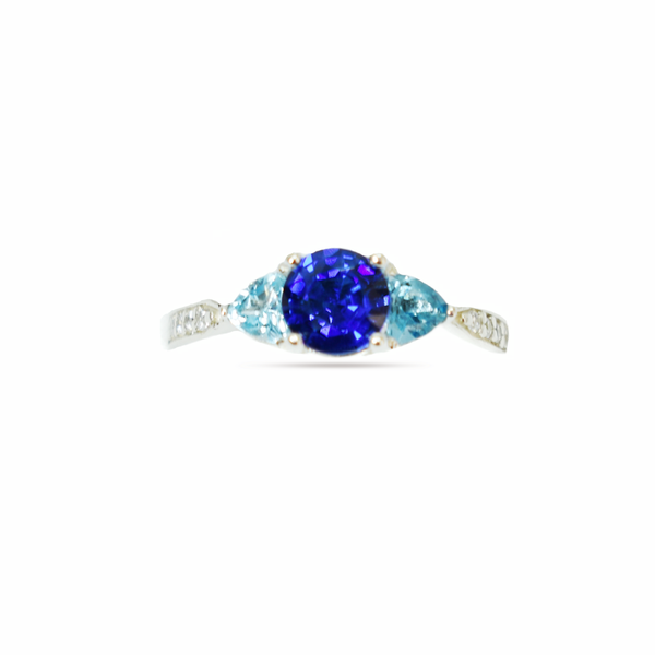 Zirconia sterling silver ring picture