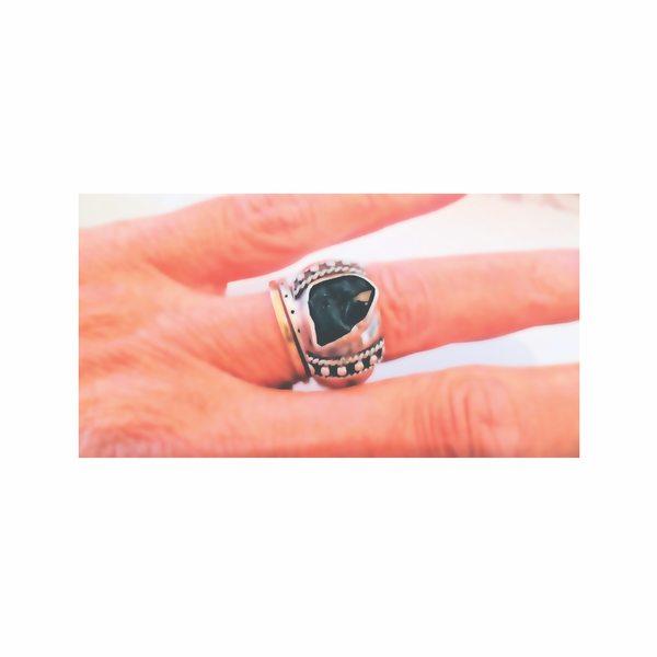 Vintage rare, raw dioptase sterling silver ring picture
