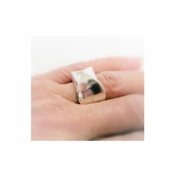 Vintage modernist sterling silver ring picture