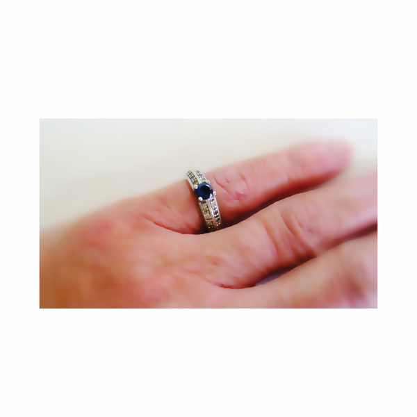Vintage royal blue zircon sterling silver ring picture