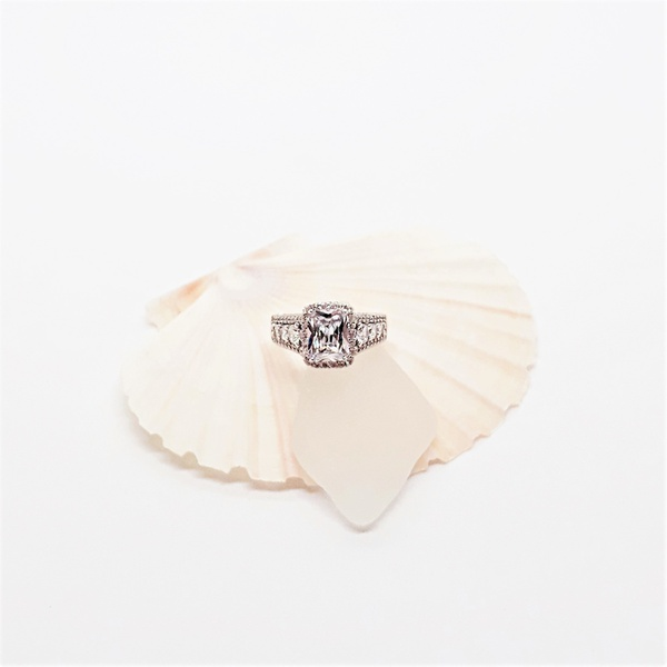 Zirconia engagement sterling silver ring picture