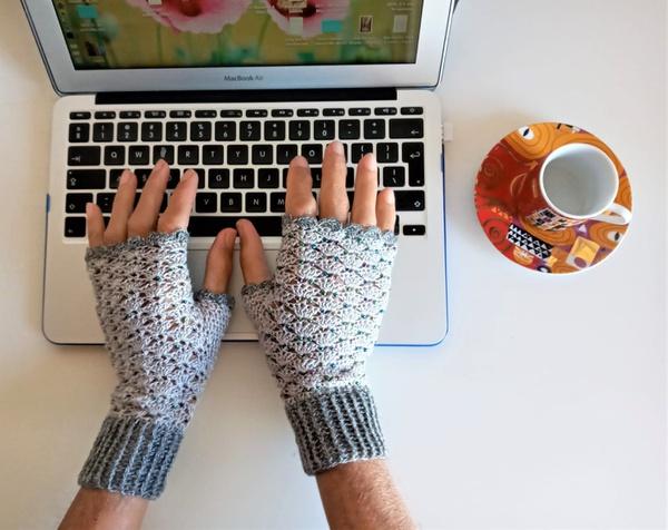 Adult plain mittens – l-xl picture