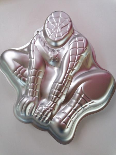 Spiderman aluminum cake pan picture