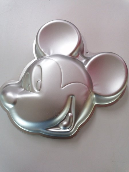 Mickey mouse aluminum cake pan picture