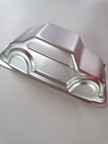 Car aluminum cake pan picture