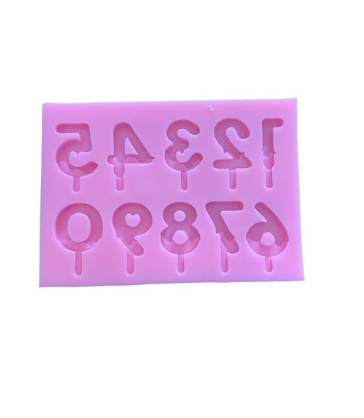 Silicone numeral mould picture