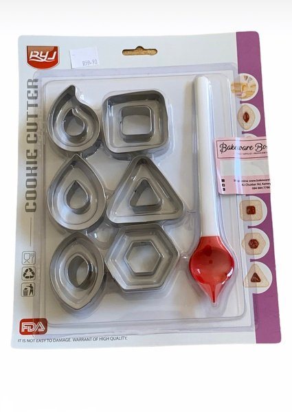 Cookie cutter set with pouring spoon 7pc picture