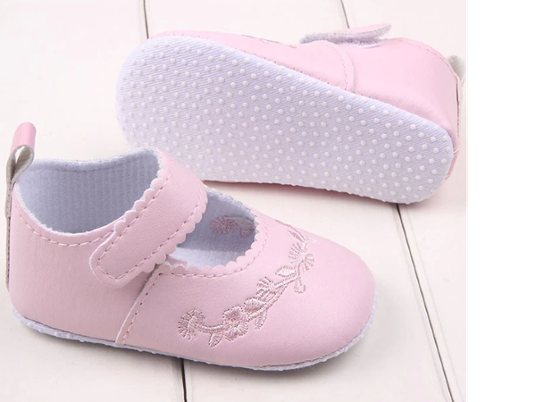 Emby pretty pink sandals picture