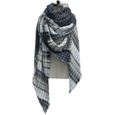 Double grid block over size scarf picture